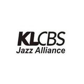 KLCBS 100.4 FM
