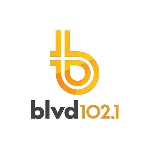CFEL-FM BLVD 102.1 FM