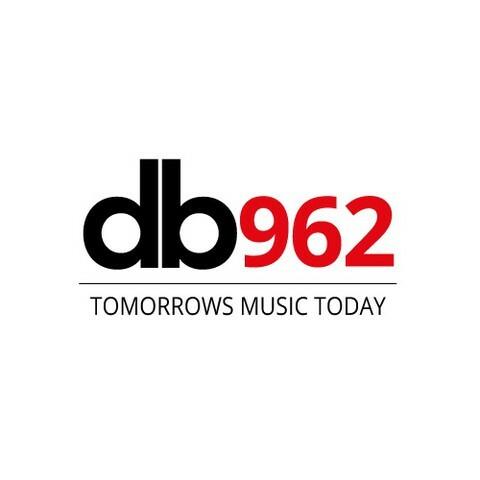 db962